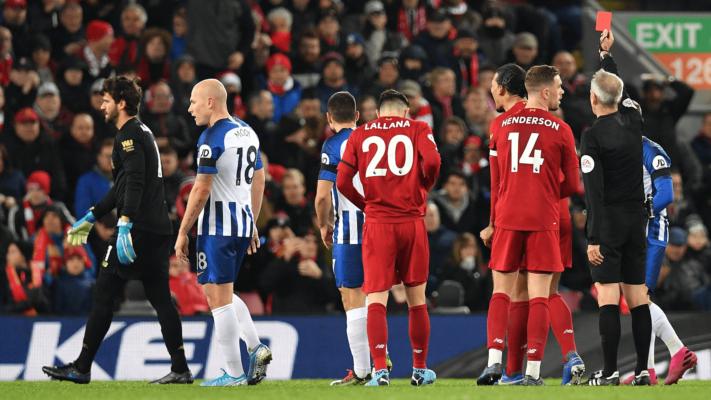 Premier League: Απευθείας κόκκινη σε όποιον βήχει εσκεμμένα!