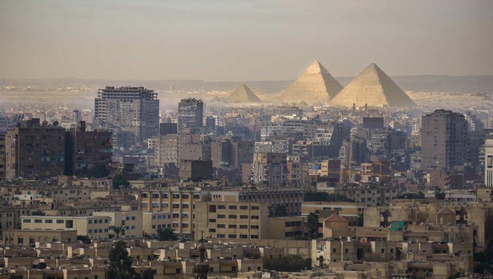 Clasico ελλείψεων και παρασκηνίου στο Κάιρο