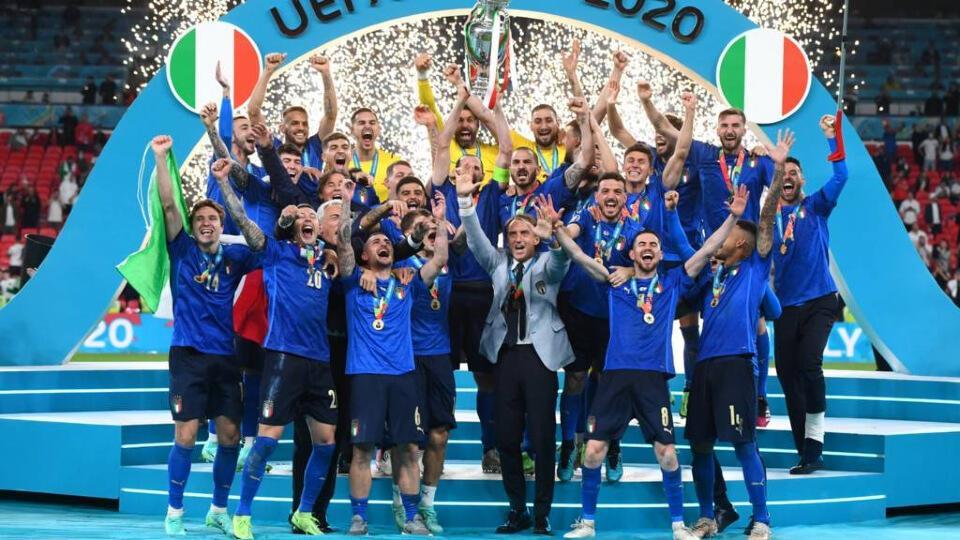 Γιουροβίζιον και Euro την ίδια χρονιά, πρώτη φορά!